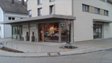 Volksbank Raiffeisenbank Laupheim-Illertal eG, VR Bank Laupheim-Illertal eG in Dettingen, Schulstraße 3, 88451, Dettingen a. d. Iller