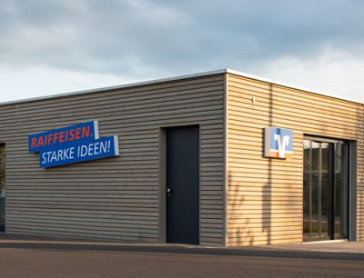 Raiffeisenbank Main-Spessart eG , Raiffeisenbank Main-Spessart eG Geschäftsstelle Esselbach, Seewiese 7, 97839, Esselbach