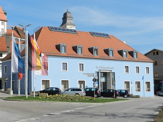 Raiffeisenbank im Oberpfälzer Jura eG, Raiffeisenbank im Oberpfälzer Jura eG, Marktstr. 3, 92331, Parsberg