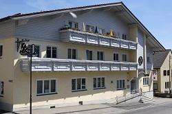 Raiffeisenbank Eschlkam-Lam-Lohberg-Neukirchen b. Hl. Blut eG , Raiffeisenbank Eschlkam-Lam-Lohberg-Neukirchen b. Hl. Blut eG - Geschäftsstelle Lam, Arberstr 41, 93462, Lam