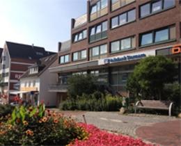 Volksbank Raiffeisenbank eG, Filiale Reinbek   Volksbank Stormarn • Niederlassung der Volksbank Raiffeisenbank eG, Am Rosenplatz 3, 21465, Reinbek