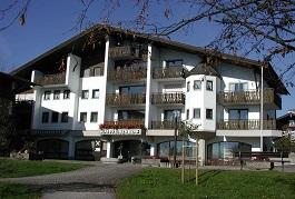 Raiffeisenbank Chiemgau-Nord - Obing eG, Raiffeisenbank Chiemgau-Nord - Obing eG Geschäftsstelle, Am Anger 3, 83358, Seebruck