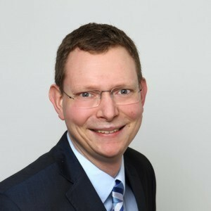 Enrico Hirt, Vermögensberater
