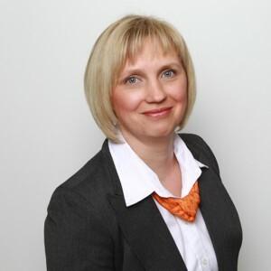 Sandra Burckhardt, Serviceberaterin