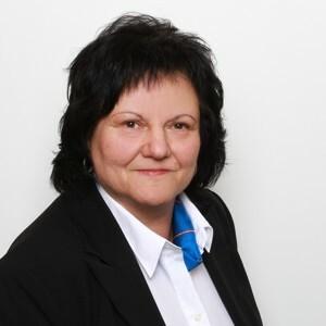 Sylvia Ose, Privatkundenberaterin