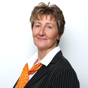 Maria Kuhl, Serviceberaterin