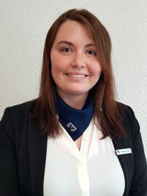 Stefanie Dech, Kundenberaterin