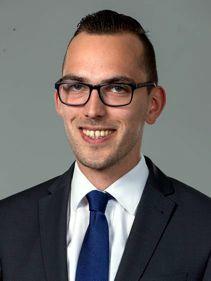 Alexander Kiel, Kundenberater