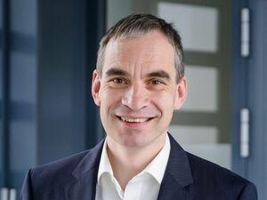 Helmut Zehetmaier, Firmenkundenberater