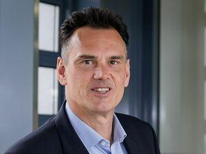 Matthias Kreuzer, Versicherungsreferent für Firmenkunden