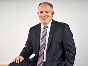Carsten Holst, Spezialberater Wertpapiere