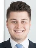 Alex Hardok, Privatkunden-Berater