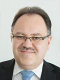 Reinhard Finkenzeller, Versicherungsreferent