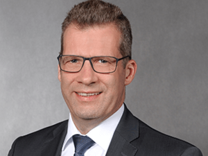 Hans-Georg von der Decken, Experte Auslandsgeschäft