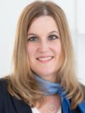 Birgit Hufnagl, Service- und Marktassistenz