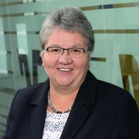 Edith Brand, Kundenservice