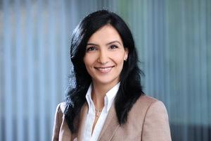 Ebru Sakinmaz, Privatkundenberaterin