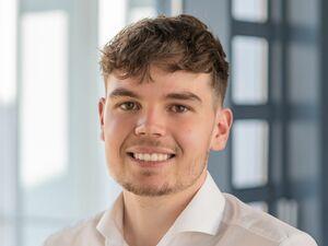 Tobias Gradl, Anlageberater